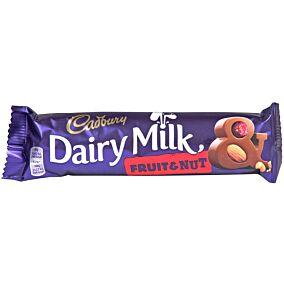 Σοκολάτα CADBURY Dairy Milk γάλακτος με φρούτα και ξηρούς καρπούς (49g)